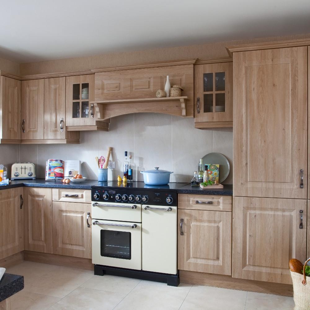 Glebe odessa oak kitchens direct ni for Kitchens direct