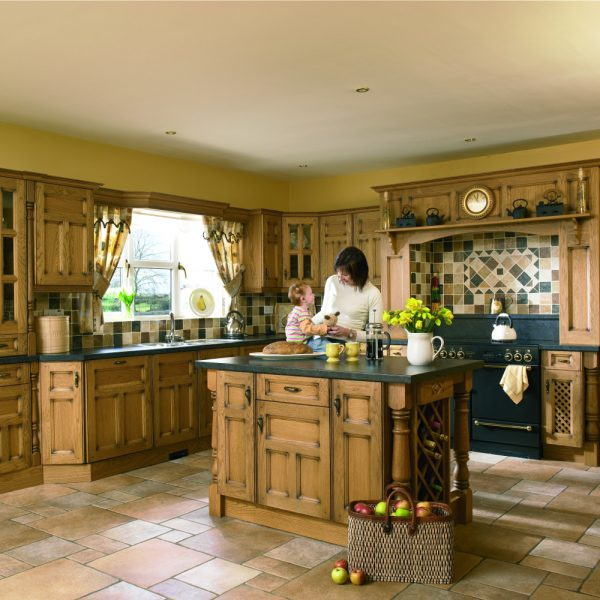 Traditional kitchens page 2 kitchens direct ni for Traditional kitchens ireland